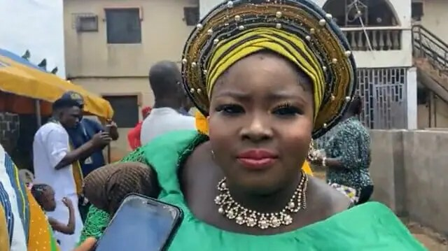 Photos: Lagos amputee hawker acquires N17.5m house in Lagos