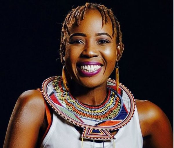 Ntsiki Mazwai throws shade at local celebrity
