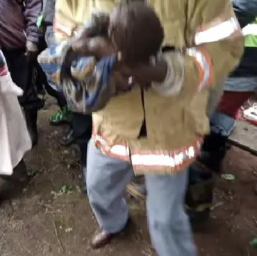 Baby rescued alive from 80-foot pit, 23-year-old Kenyan mother arrested