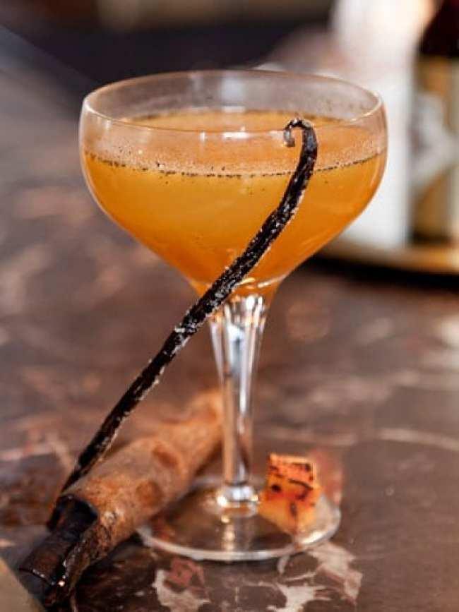 halloween-cocktail-recipe-gilbert-scott-pumpkin-pie-margarita-