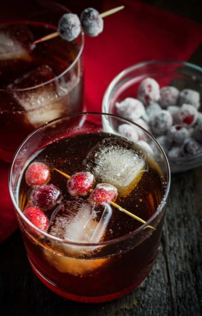Cranberry Ginger-Holiday-Cocktails-Recipe
