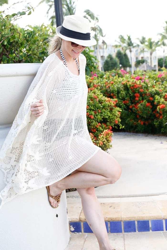 top 10 beach cover ups- Sheinside-Blogger-Fashion-Bahamas-Travel-Beach Cover Up- Tassels-2