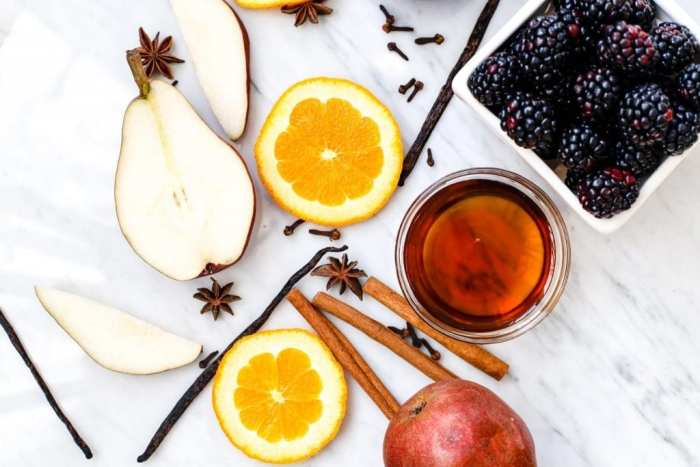 spiced-blackberry-pear-mulled-wine-recipe-1