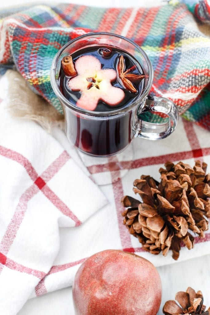 spiced-blackberry-pear-mulled-wine-recipe-3-2