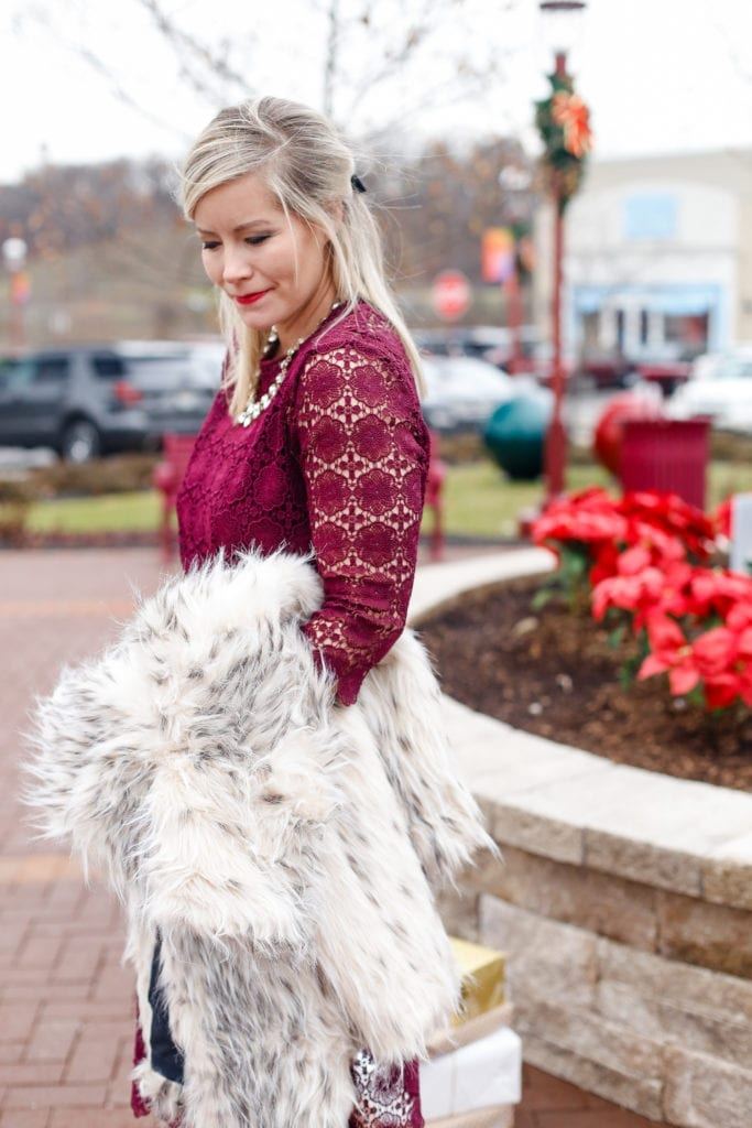holiday-glam-chicwish-dress-burgundy-dress-faux-fur-1