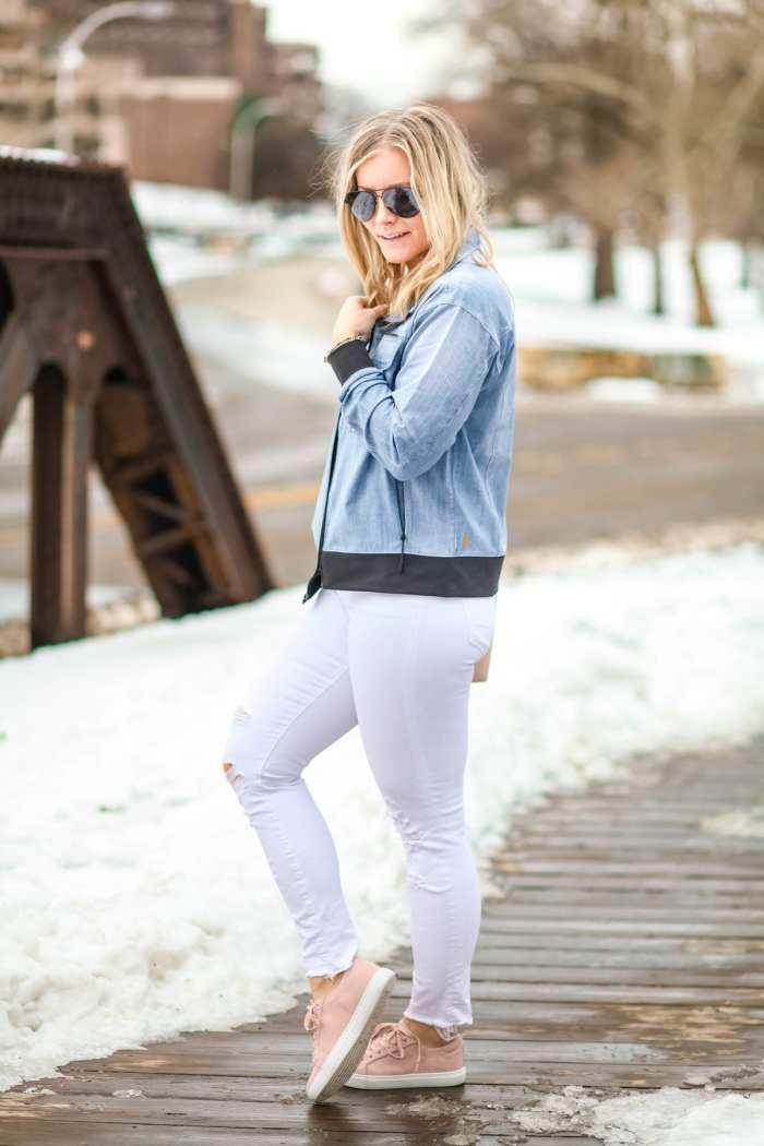 Spring Athleisure- Fashion- Ashley Pletcher- Blogger- Afternoon Espresso- Pittsburgh - Chelsea Collective - Lucy IndiGo