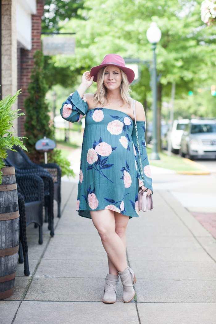 Ashley Pletcher - blogger - fashion blogger - Pittsburgh Blogger- Fall Fashion- Summer to Fall