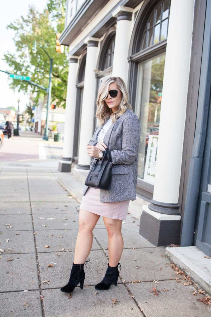 Blogger- Afternoon Espresso- Boyfriend Blazer- Ashley Pletcher- Libby Edelman Shoes