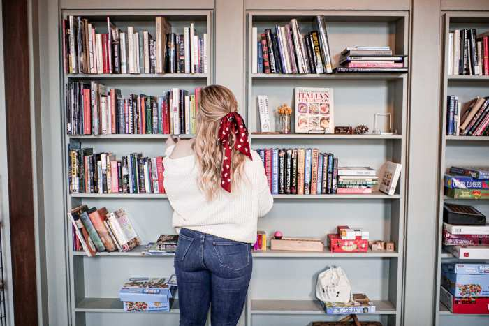 Winter Reading List- The Country Guesthouse - Romance - Women's Books- Library- Book Review