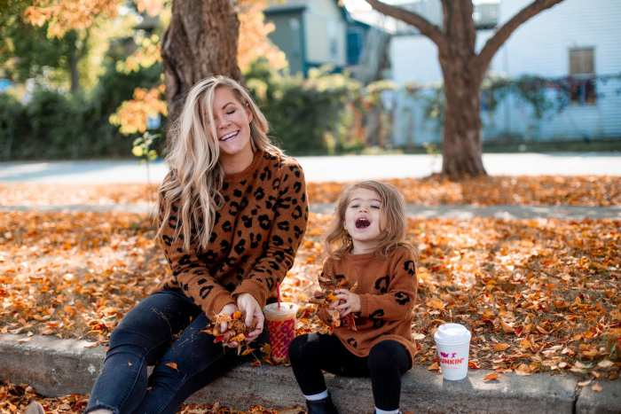 National Dunkin' Day - National Coffee Day- Afternoon Espresso- Coffee Lover- Mother Daughter Dates - Pittsburgh- Fall Leaves