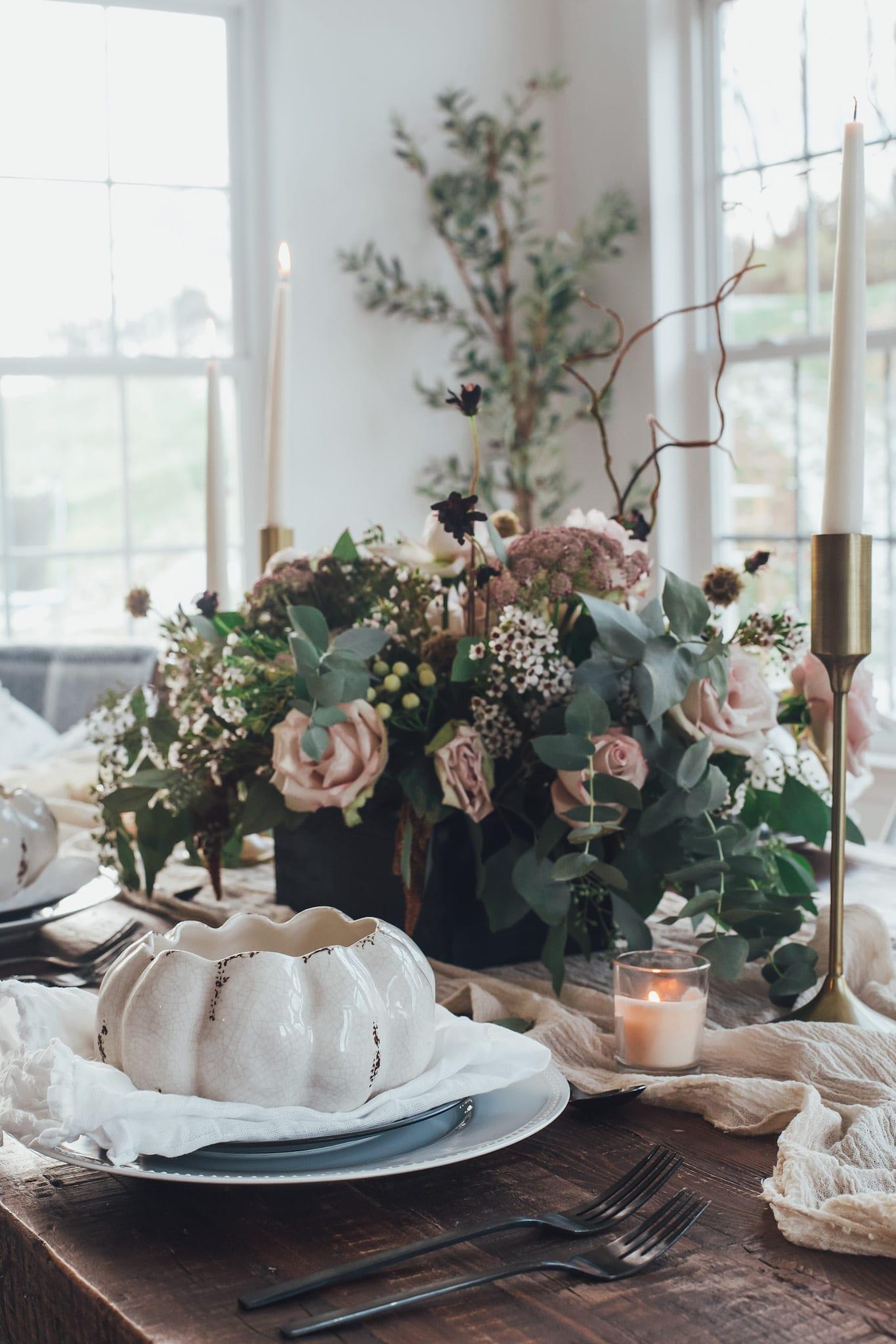 Tips for Hosting a Small Thanksgiving Dinner + Full Menu