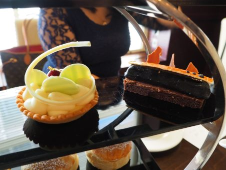 Chocoholic Afternoon Tea at The Hilton Park Lane - Cakes & Pastries