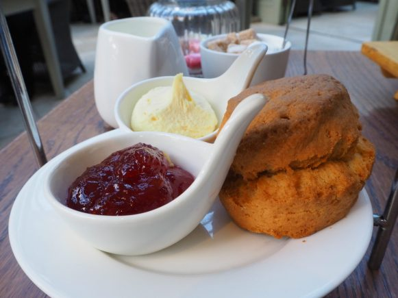 The plain scone