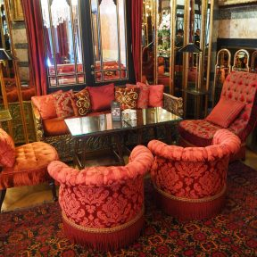 Kubbeli Saloon Tea Lounge