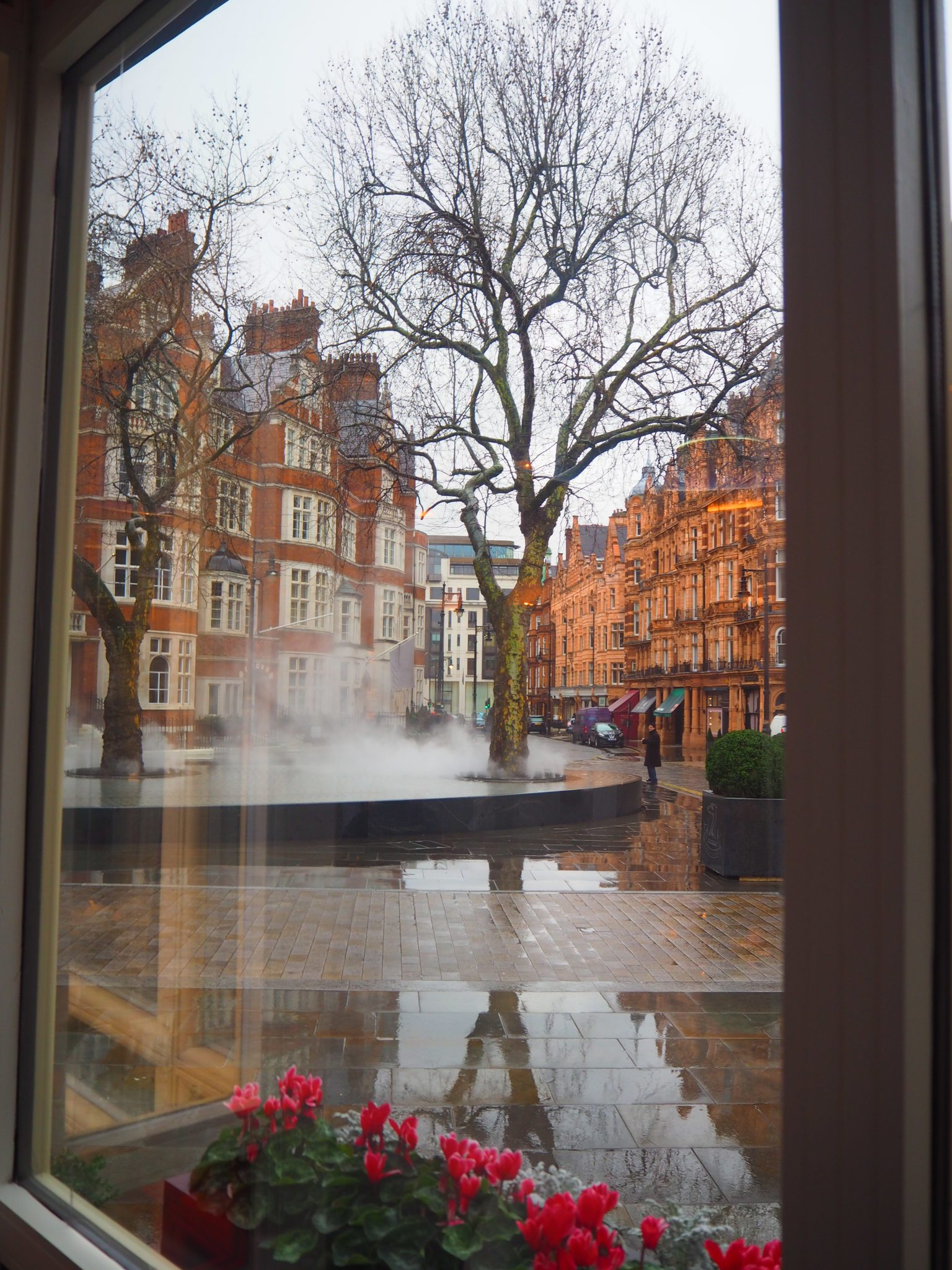 """""""Silence, Tadao Ando"""" fountain as seen from the Jean-Georges at The Connaught London"""