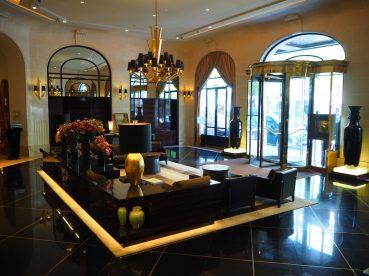 Prince de Galles Paris - Lobby