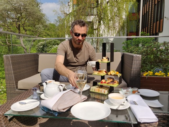 Afternoon Tea / High Tea at Hotel Kempinski Frankfurt Gravenbruch
