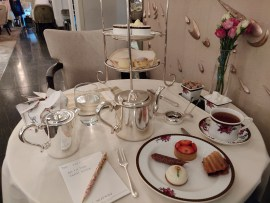 Afternoon Tea with Wedgwood at the Langham London - Review ★★★☆☆