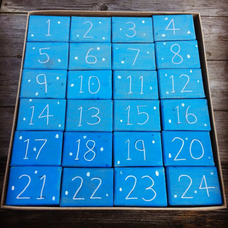 Advent Calendar Ideas For Girls : Top awesome advent calendar ideas for teens and students