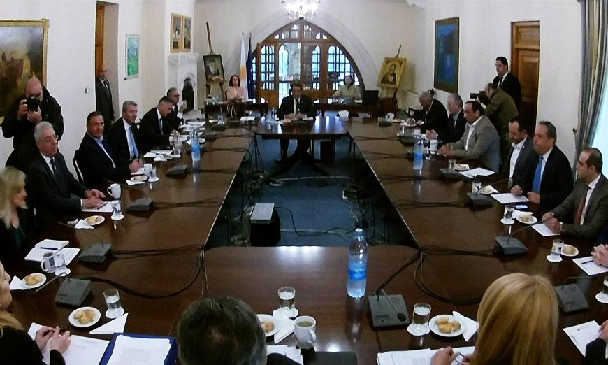Υπό διαφορετικό φακό βλέπουν τις εξελίξεις στο Κυπριακό οι αρχηγοί των κομμάτων