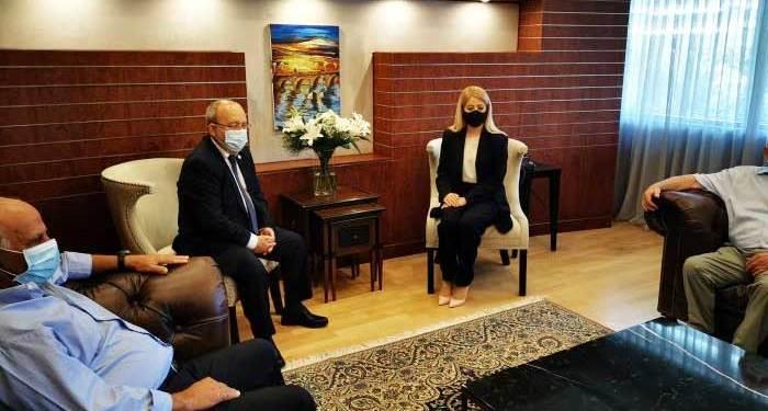 Μέτρα που πρέπει να λάβει η Βουλή για το θέμα της Αμμοχώστου, συζήτησαν η Πρόεδρος του Σώματος και το ΔΣ της πόλης