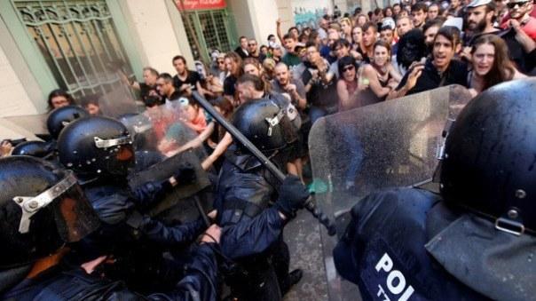 Η Ελλάδα στα βήματα της Ισπανίας 2