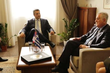 Τζιτζικώστας υποδέχτηκε τον Πρόεδρο της Σερβικής Δημοκρατίας1