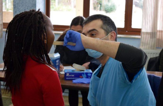 οδοντιατρικός έλεγχος από τον Δήμο Ιλίου1