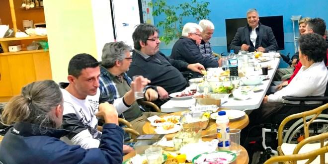 «Να γίνουν οι πόλεις μας πιο λειτουργικές και πιο φιλικές για όλα τα άτομα με κινητική αναπηρία» – Συνάντηση Πατούλη με μέλη του Πανελλήνιου Συλλόγου Παραπληγικών