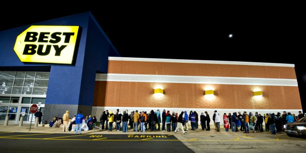 views of early black friday shopping at a best buy store - Best Buy Christmas Hours 2014