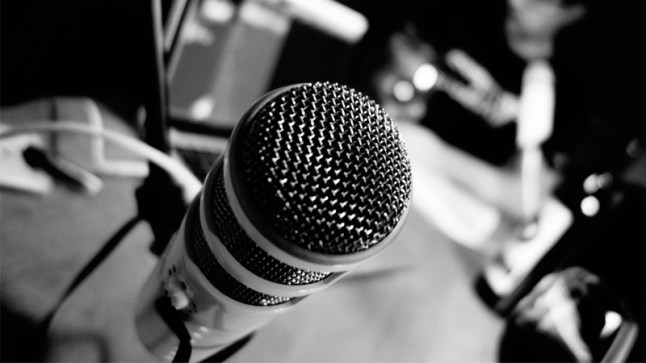 podcast-mic-header