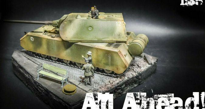BUILT Diorama German Army - MAUS Tank and Soldiers