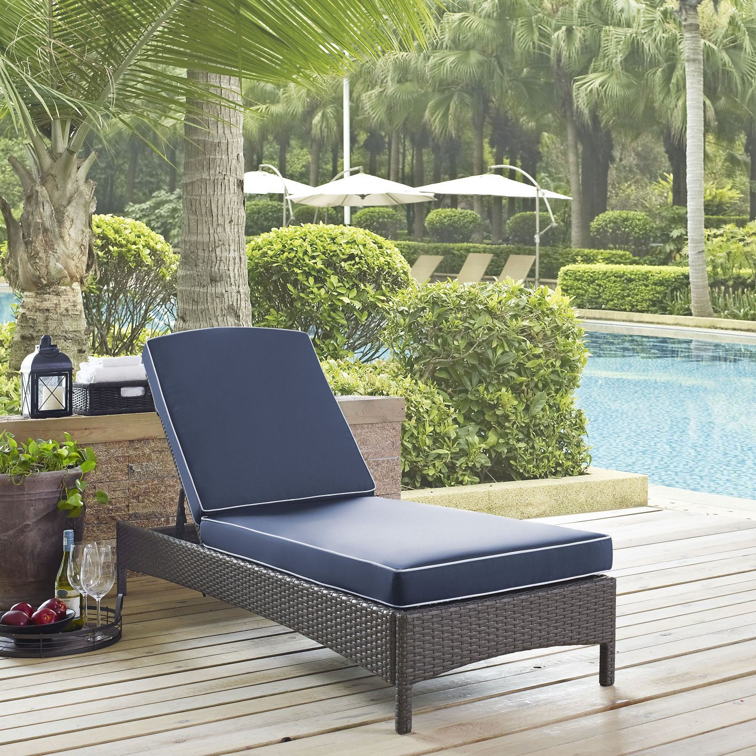 wicker chaise lounge chairs outdoor swing chair metal stand palm harbor d co7122wg nv crosley picture of