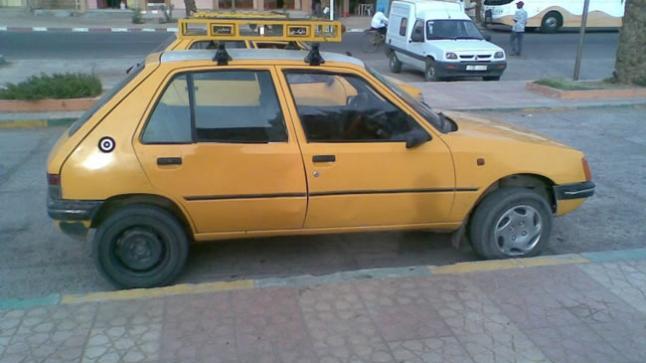 الموت يباغت سائق طاكسي داخل سيارته بأكادير