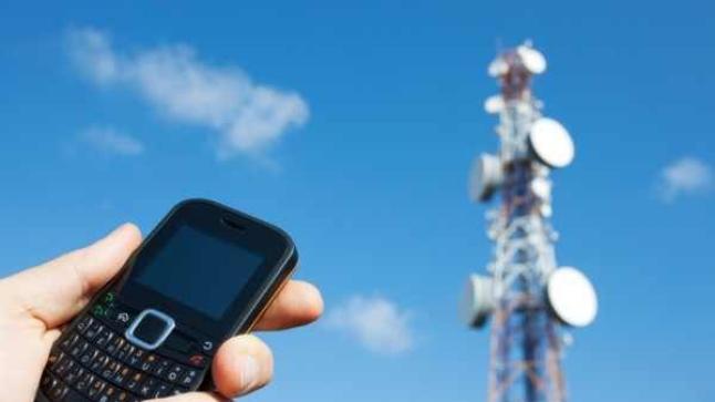 ضعف شبكة الهاتف والأنترنت شمال أكادير.. والشركات المعنية تتجاهل الشكايات
