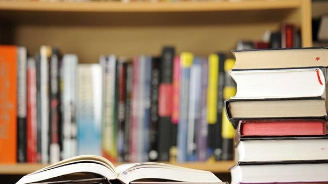 إنزكان تحتضن فعاليات المعرض الجهوي للكتاب والقراءة