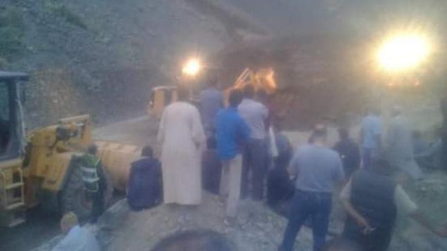 فاجعة الحوز.. فرق الانقاذ تواصل البحث عن حثت أزيد من 20 شخصا بعد انهيار صخري