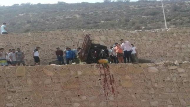"""مصرع سائق """"طريبورطور"""" في حادثة سير بمنعرج طريق أكادير أوفلا"""