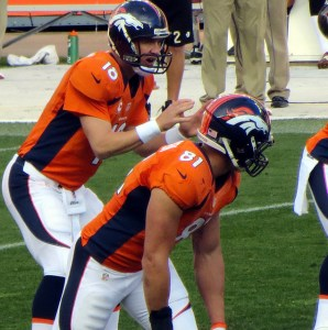 Peyton Manning should have his way with the Kansas City Chiefs. Flickr/https://www.flickr.com/photos/craigindenver/8238961319/in/photolist-dy3Qae-aTBaE4-d9b3ho-pppGJN-7ypUrS-dcfpbi-oKxfcz-qjCBFT-fL7Eao-qAqNze-98ZGLU-5rQAhU-dcfrWD-dcfsbB-jHcR8R-qAqPnM-dcfwJ2-dPGmqA-bCTopP-7ypMdd-d9b1Vy-d9aHJG-d9az7W-9eKL1L-cMFPbA-9eGHaT-9mxw8R-9eKN1S-fL8gMz-8Z2cYq-dPAJer-dZUL2j-9mAx2f-8YY8NF-5TGkRM-32ZDDg-9mAyPJ-9mxwZc-9eKQfw-gVwzYr-dyrXL7-9mAybo-d9aUDA-445G7E-d9aCZQ-d9azzS-7jRsJ2-mfY1Qf-XmAVu-7vidft