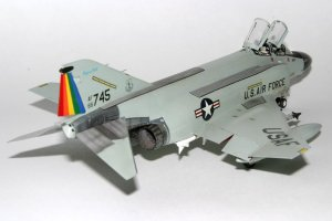 Wayne Dippold's 1/72 Hasegawa F-4D