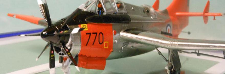 1-72-Trumpeter-Fairey-Gannet-T2-cover