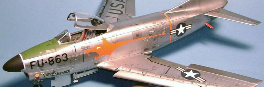 1-48-pro-modeler-f-86D-sabre-dog=cover