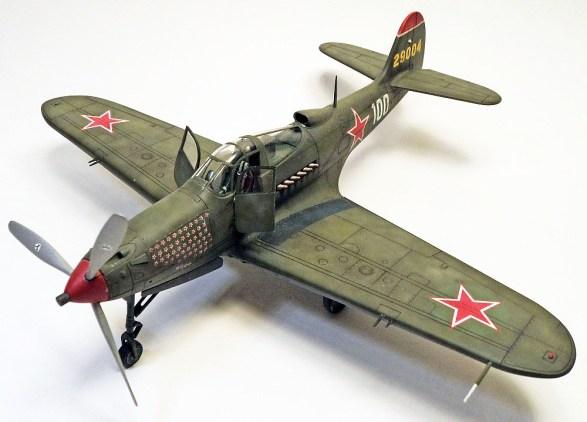 Eduard-1-48-P-39N-Pokryshkin-01