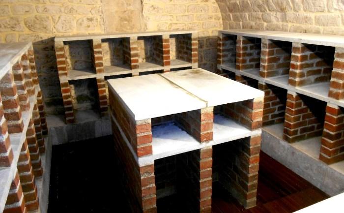 Cave de dégustation en briquettes