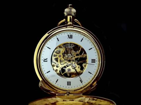 Golden Pocket Watch - Time will tell wich forecasts were precise