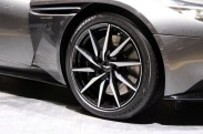 Aston-Martin-DB11-3-680x453