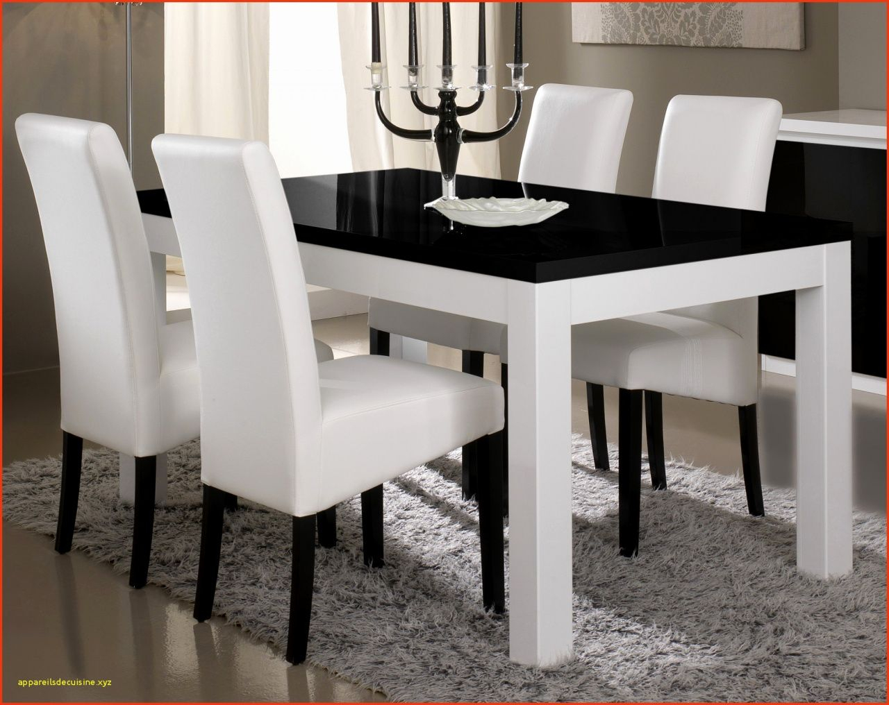 77 chaises salle a manger but table a
