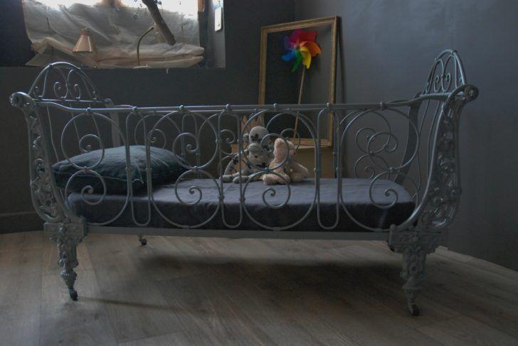 interior design lit en fer ancien lit