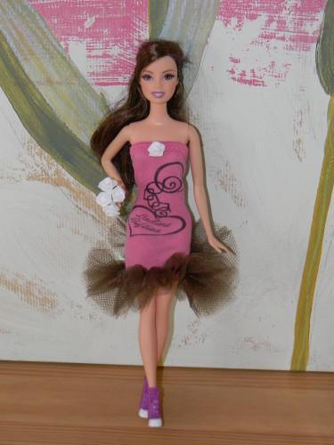 Fabriquer Des Accessoires Pour La Barbie De Votre Enfant