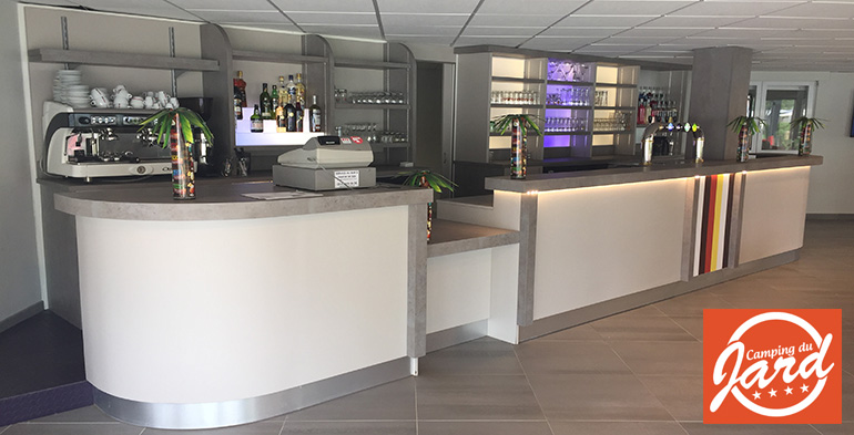 Agencement Bar Professionnel Specialiste Du Bar Agencement Cafe Agencement Commerce Agencement Level Www Agencement Level Fr